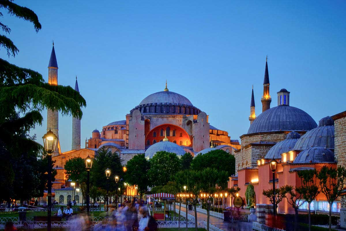 9 Day Istanbul Cappadocia Tour by Bus