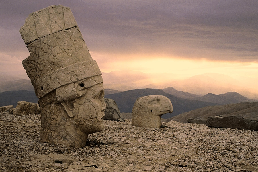 3 Days Istanbul Mt. Nemrut, Sanliurfa and Harran Tour By Plane