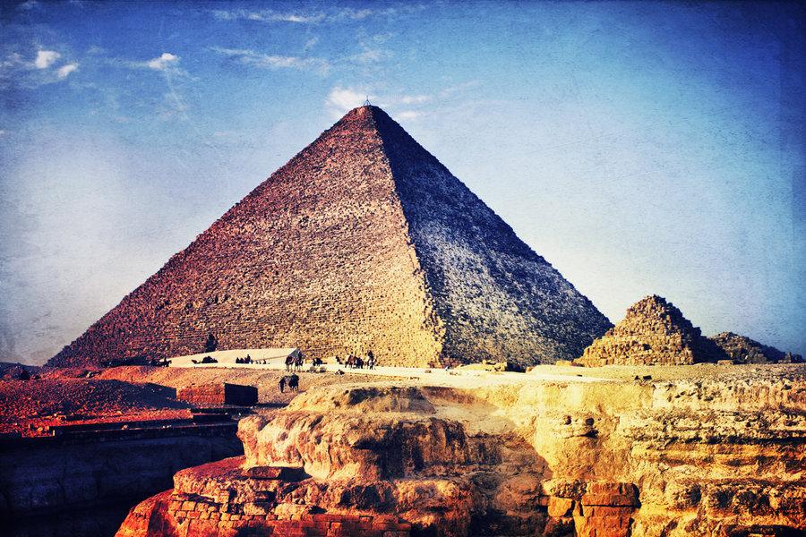 12 Days Pyramids, Nile & Hurghada