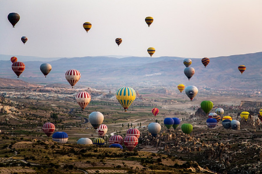 10 Days Istanbul, Cappadocia, Pamukkale and Ephesus-Pergamon - Troy - By Plane By Bus