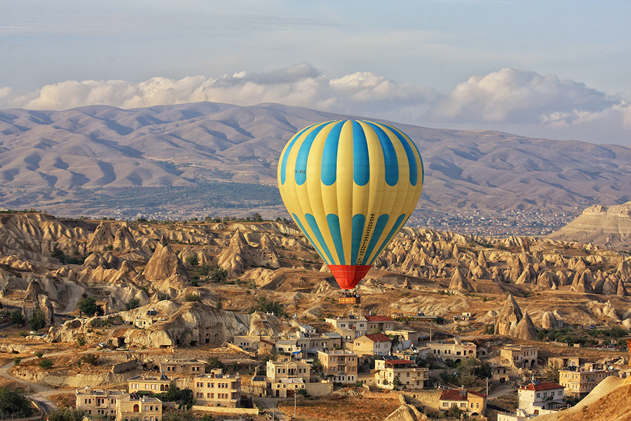 8 days Istanbul  Cappadocia- Pamukkale and Ephesus By Plane By Bus